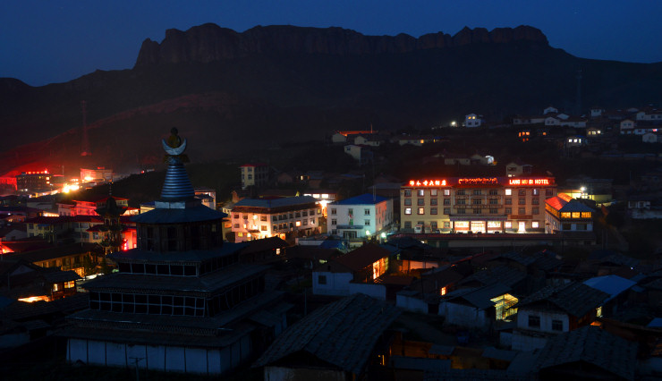 Many of these hotels belong to local Tibetans or to the monastery.